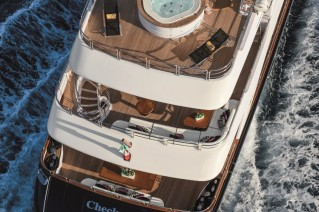 Motor Yacht CHECKMATE. -  Decks from above